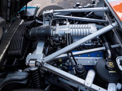Ford-GT-Engine-Bay-1600x1064