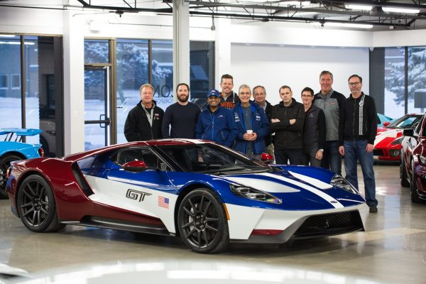 ford-gt_100643327_h